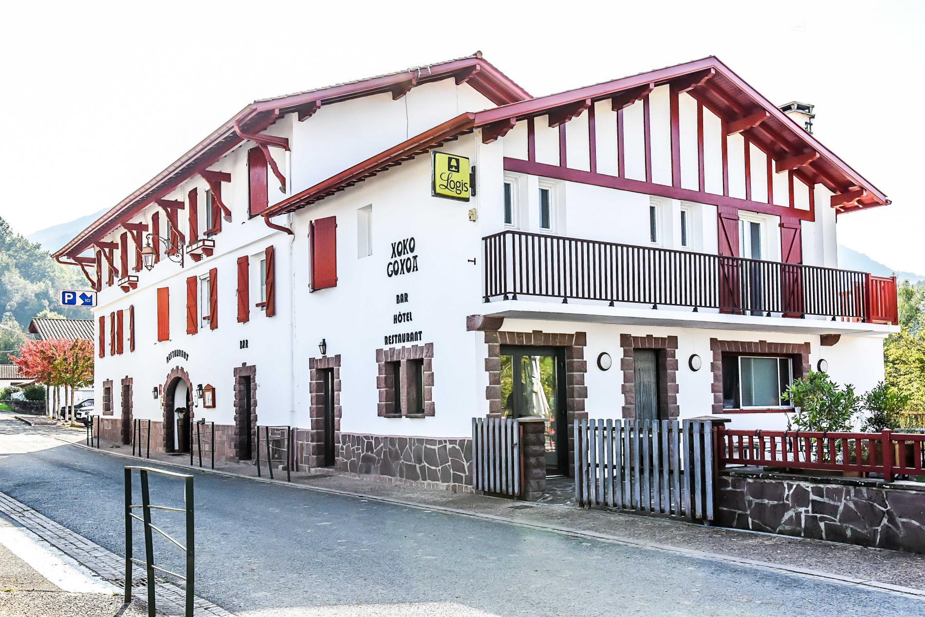 LOGIS Hôtel XOKO GOXOA Pays basque Saint-Jean Pied de Port