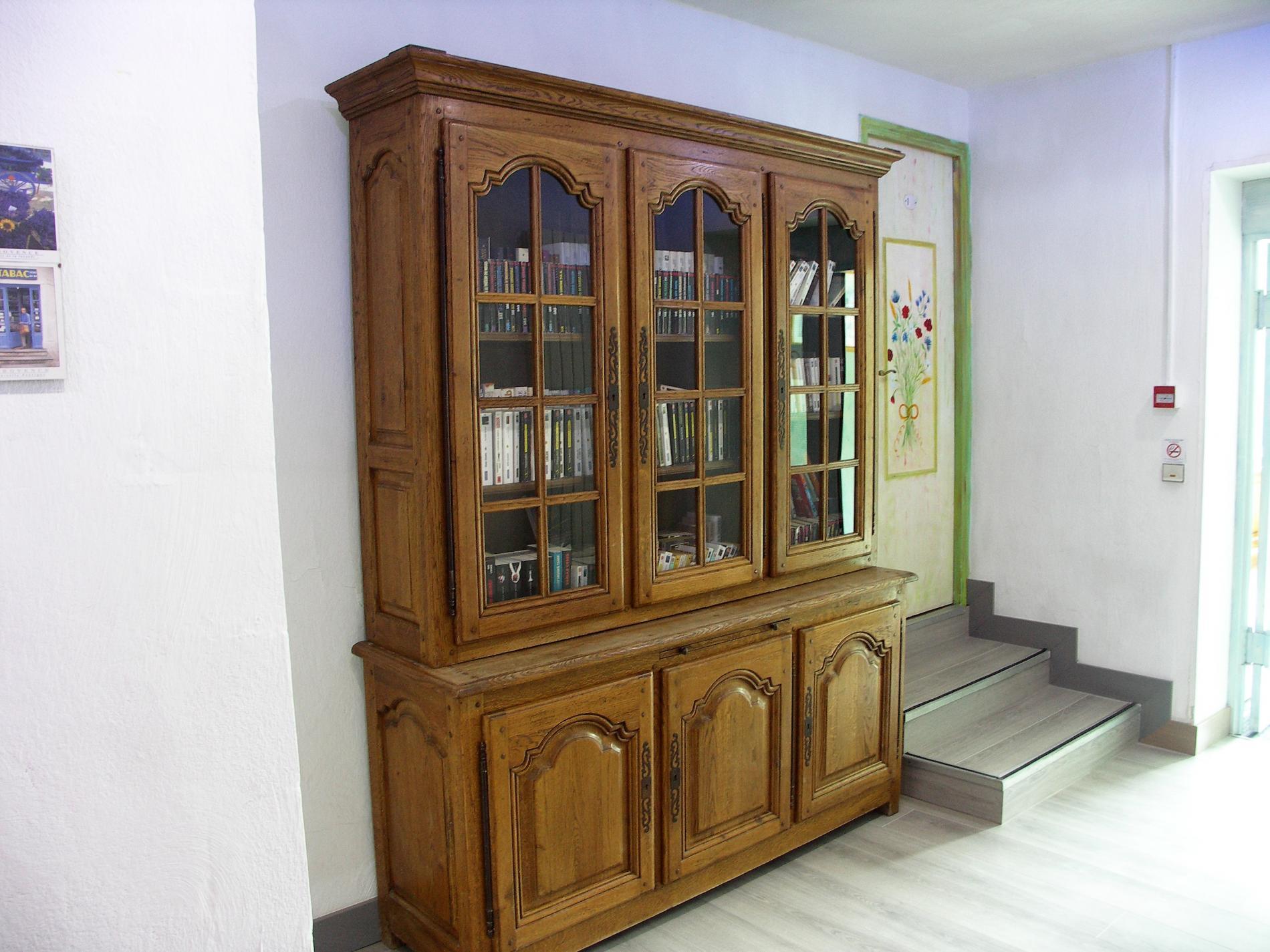 Couloir chambres bibliothèque