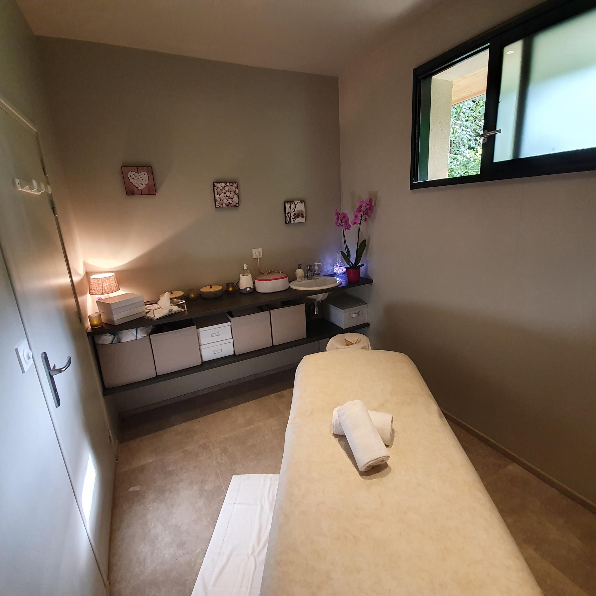 Offrez vous un moment de détente avec un soin ou un massage