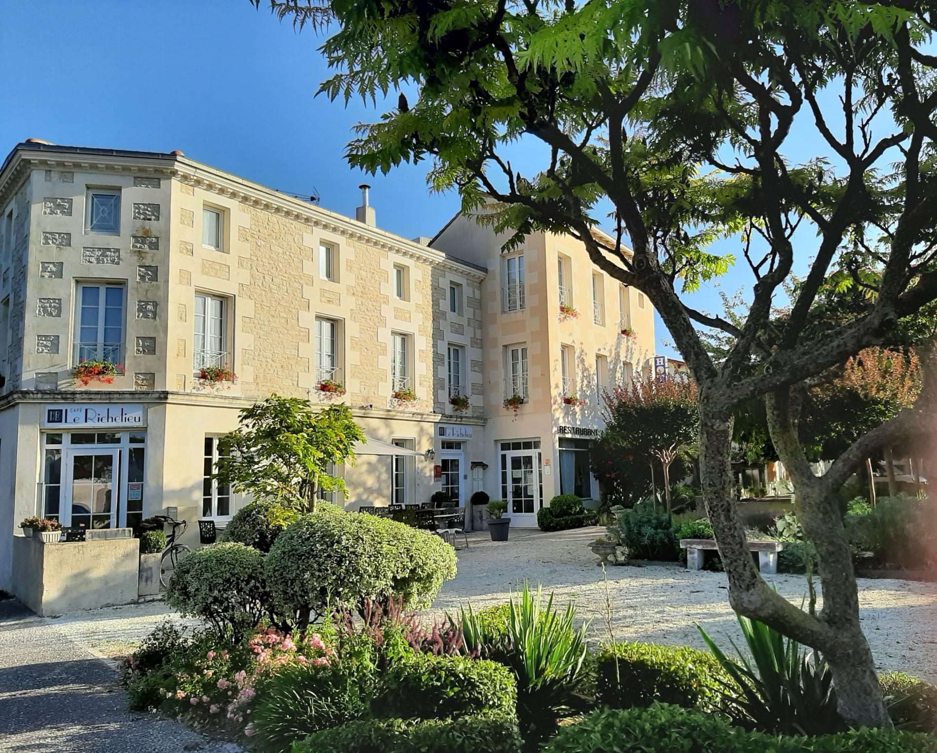 Hôtel le Richelieu Saujon