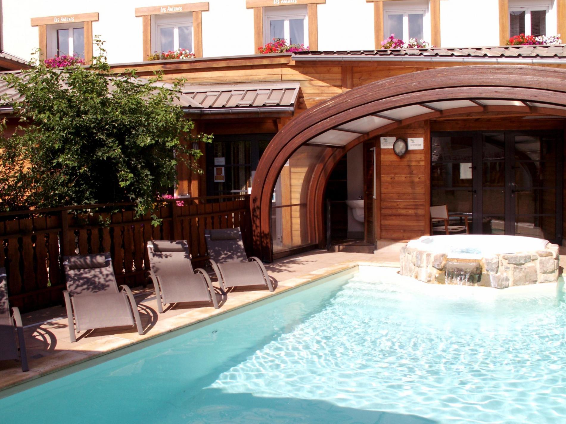 Hôtel piscine, jacuzzi à Ancelle