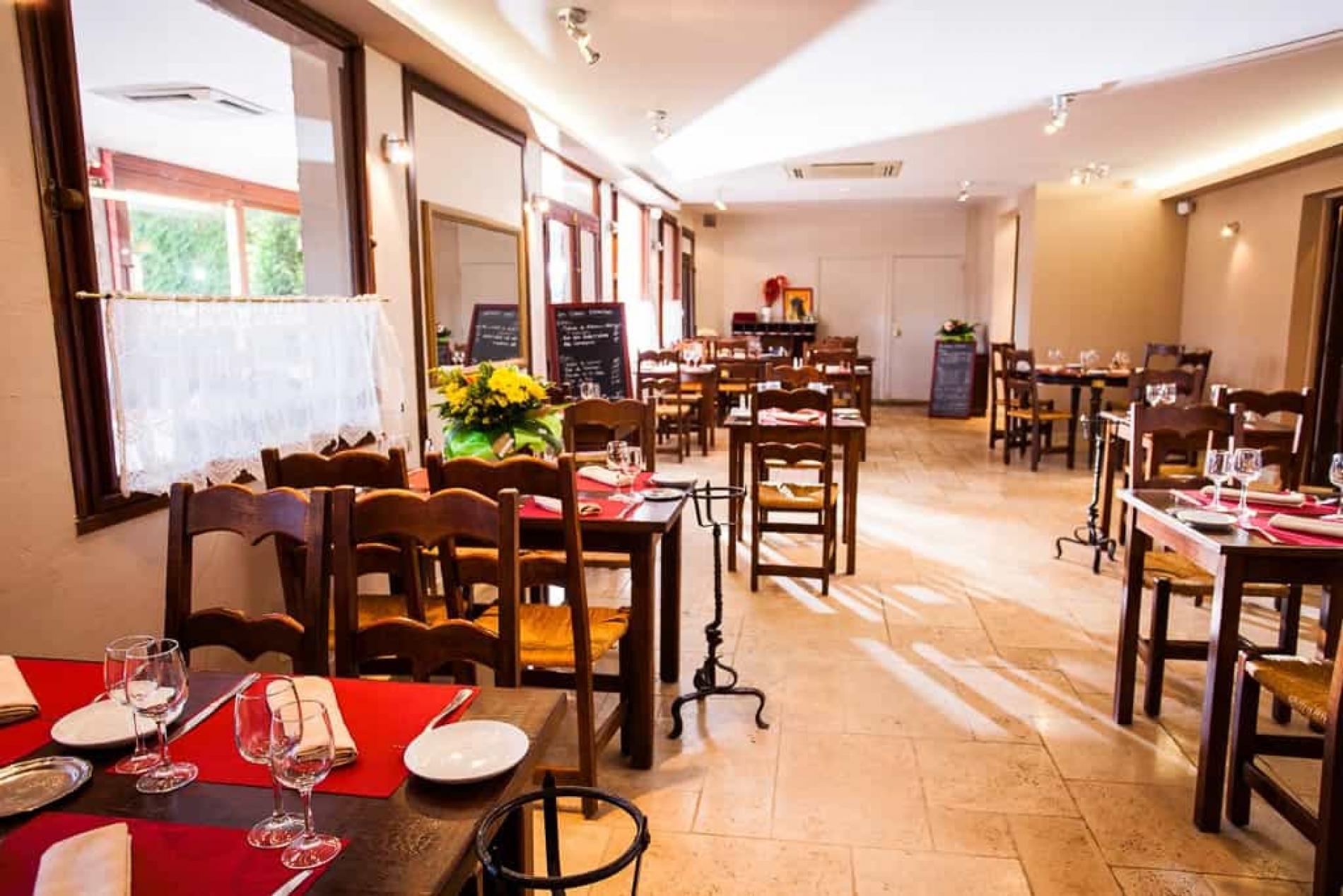 Un restaurant de cuisine traditionnelle & provençale