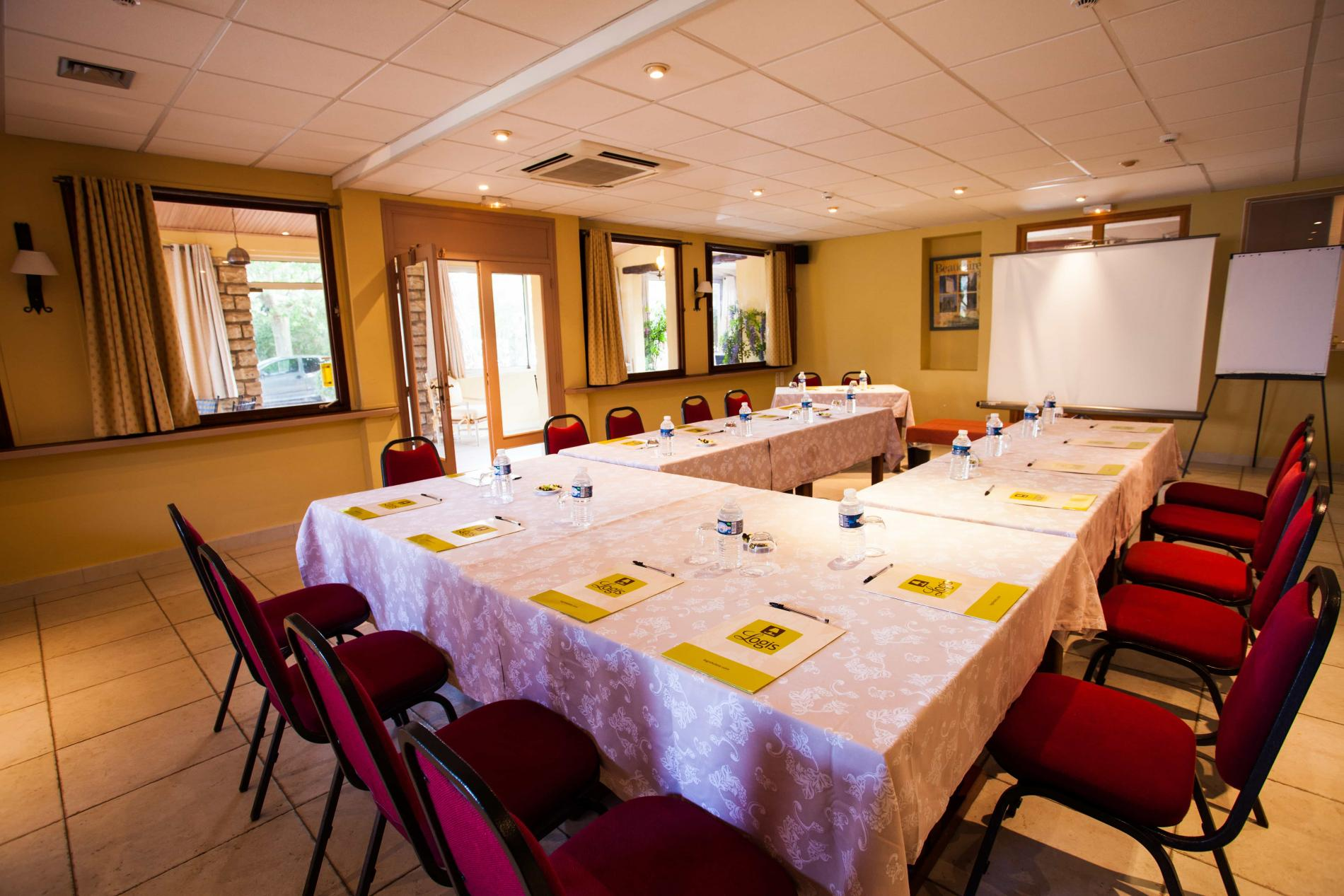 Un Hôtel Restaurant à Beaucaire pour vos séminaires