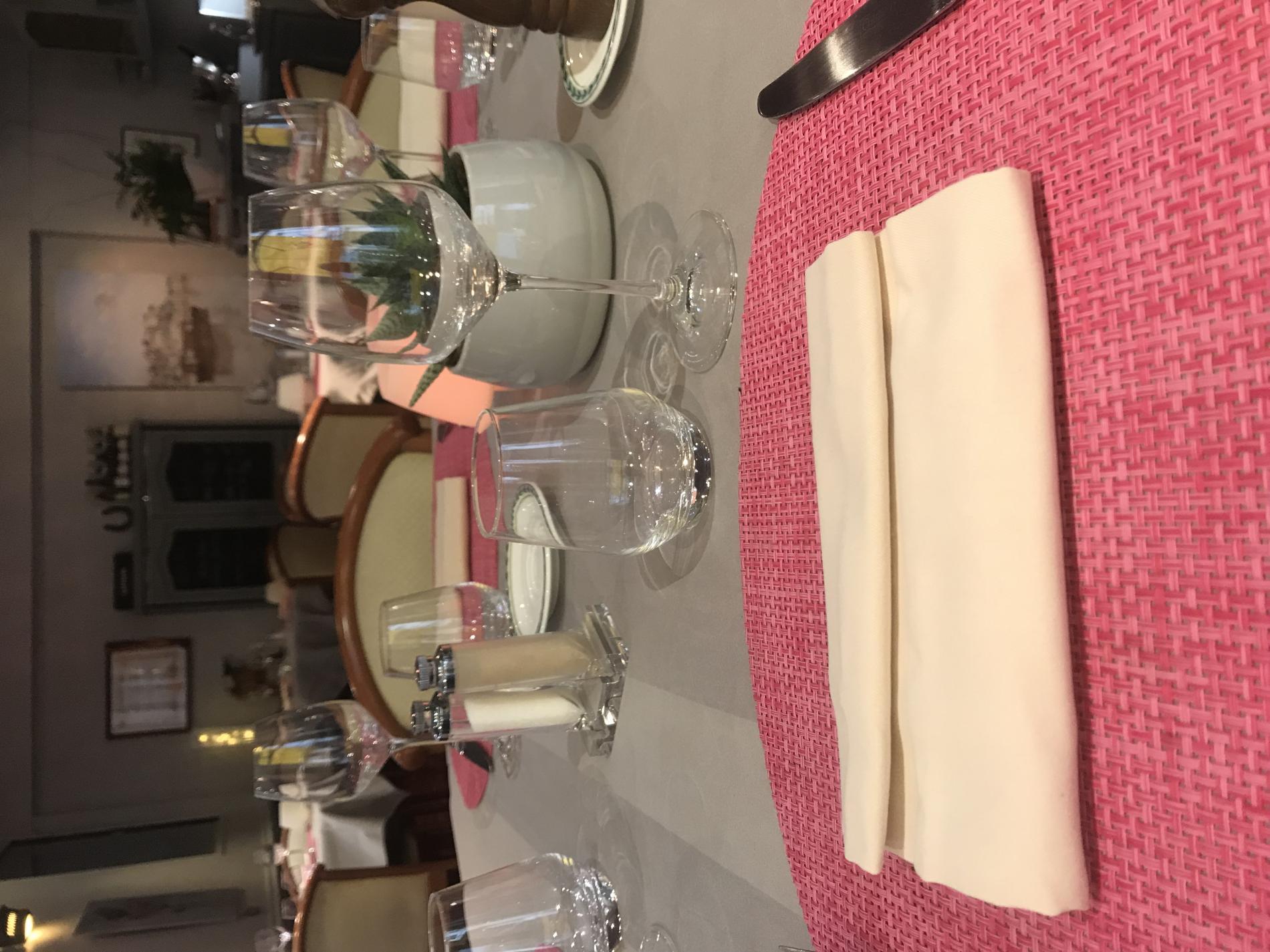 2 ème salle du Restaurant AT'ABLE à Chinon