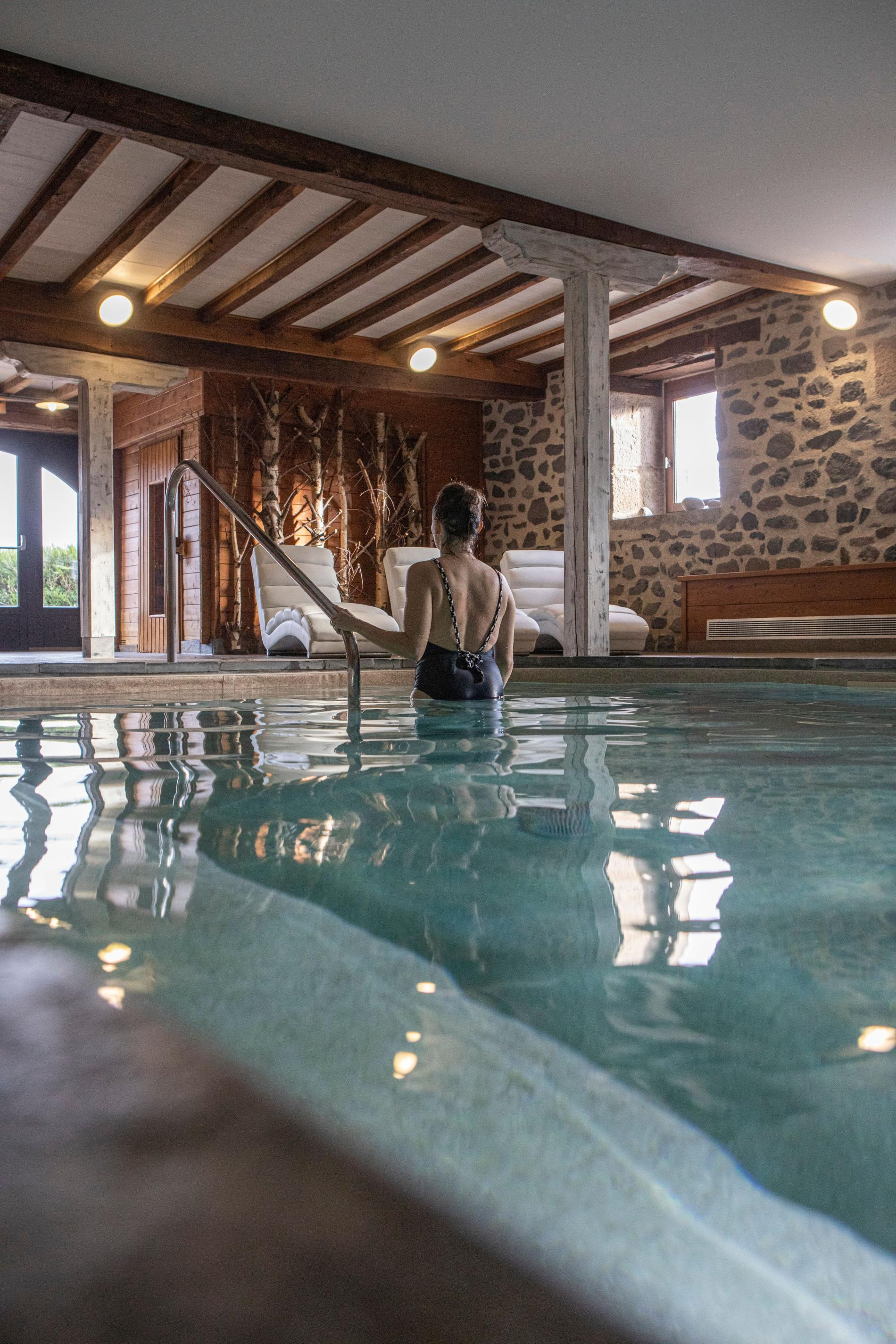 Wellness barn - Fleurs de Montagne SPA and swimming pool, Cantal