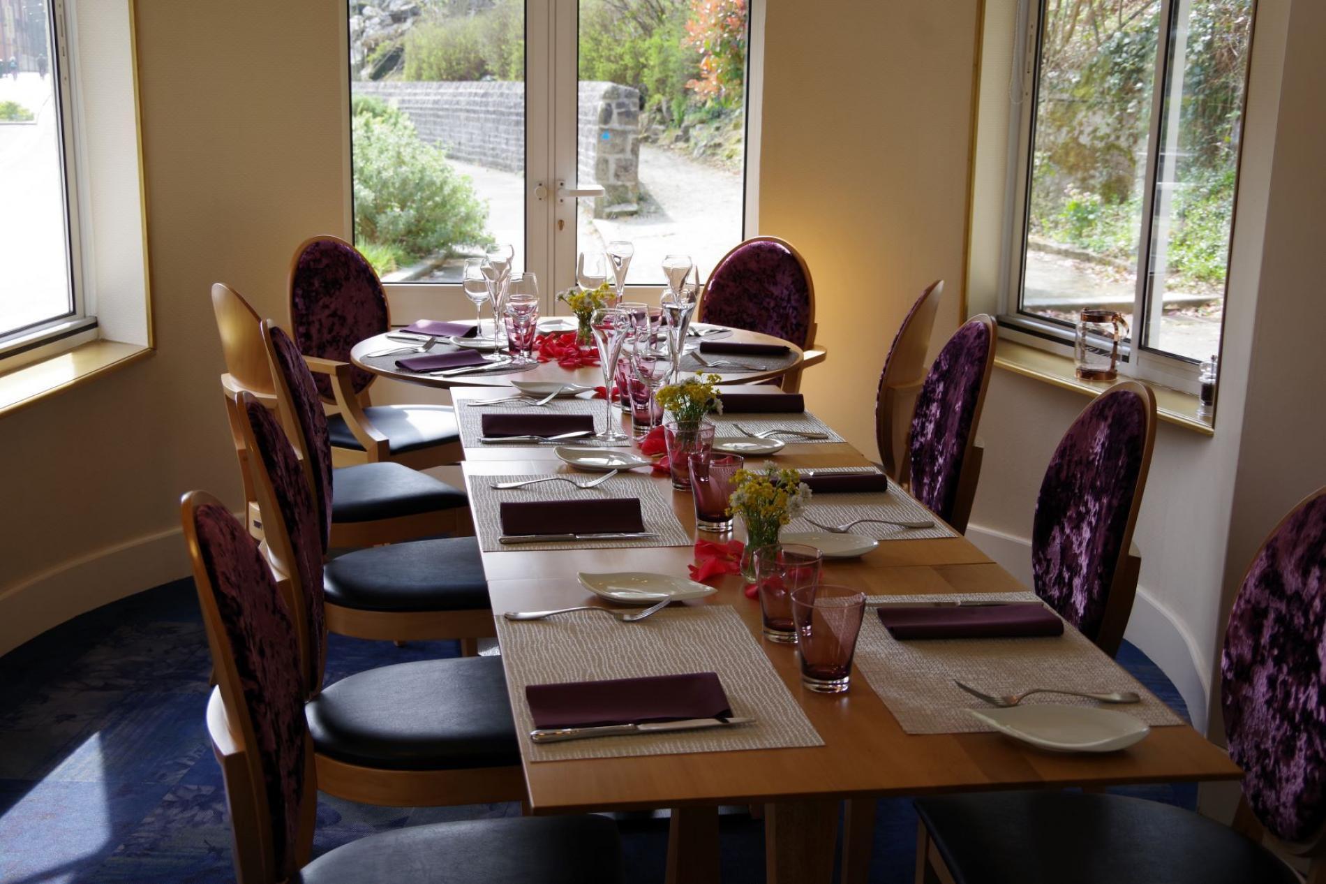 Repas en famille ou d'affaires Restaurant La Belle Epoque Bagnoles de l'Orne Normandie