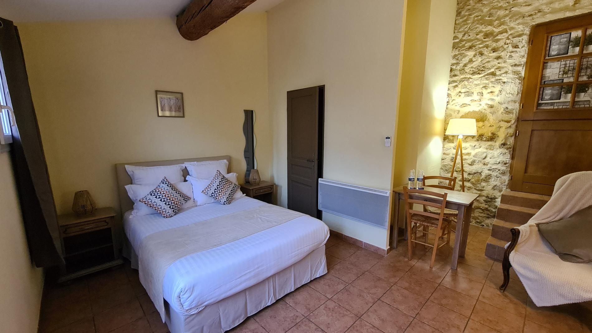 Chambre 11 standard plus avec terrasse