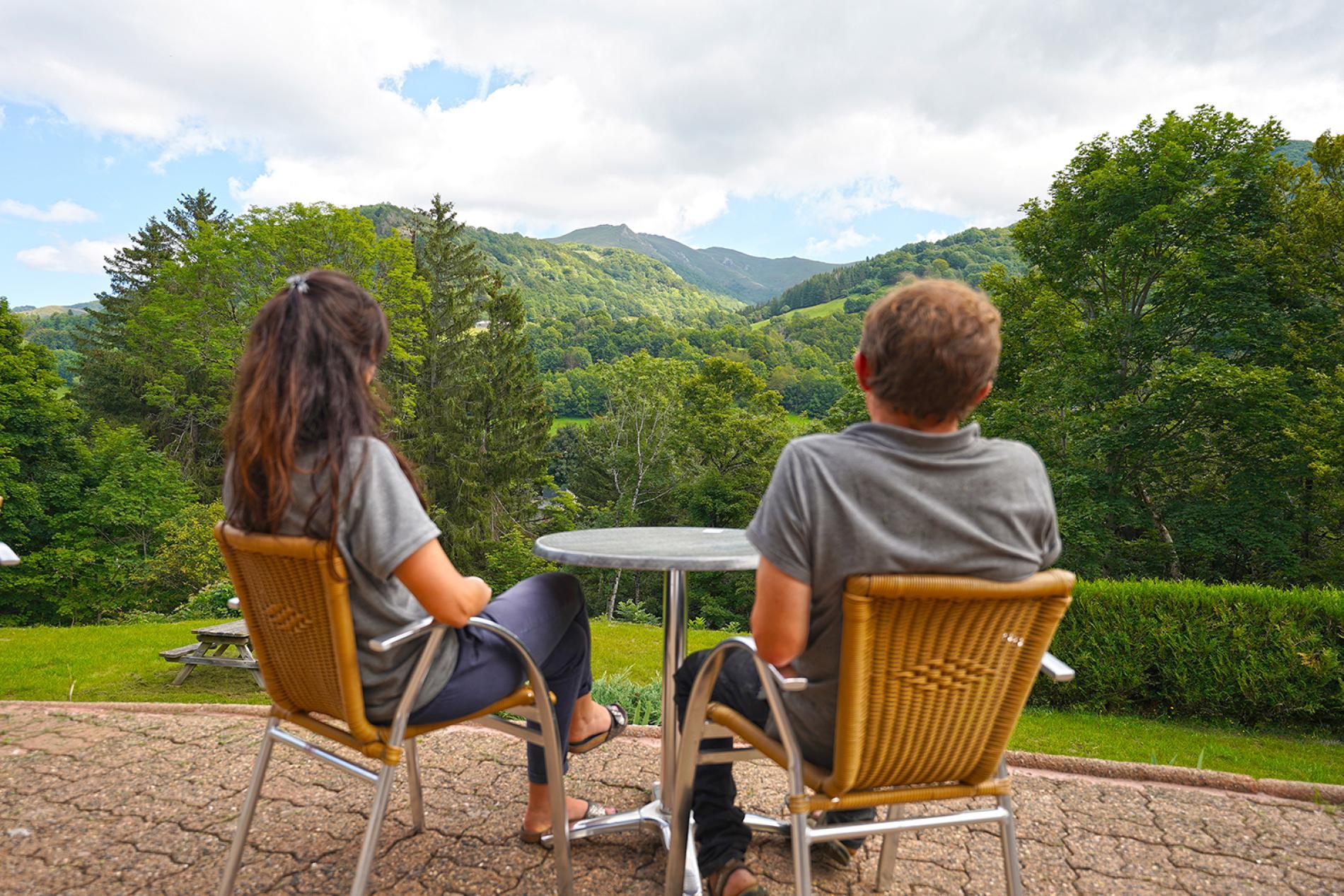 Profitez de la vue sur les montagnes