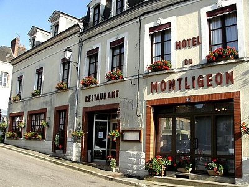 Hôtel LE MONTLIGEON