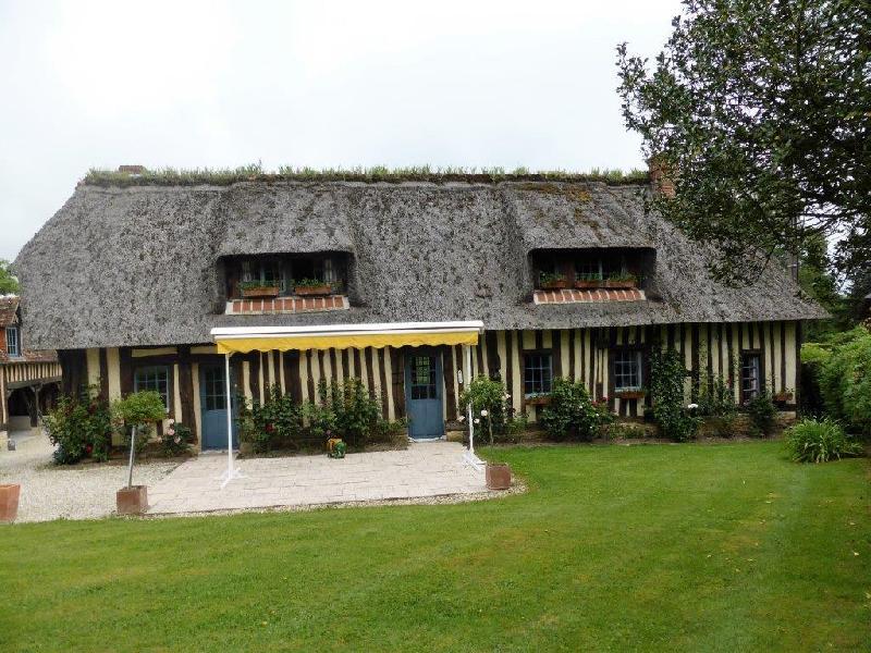 Maison Normande couverte en chaume avec tomette ancienne - 10 mn de Pont L'Evêque