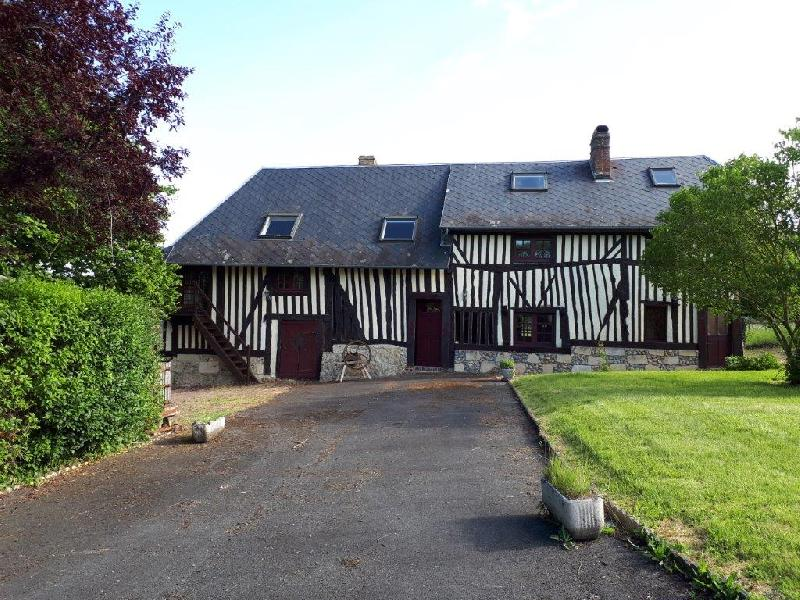 Maison Normande travaux à prévoir - 10 mn de PONT L'EVEQUE